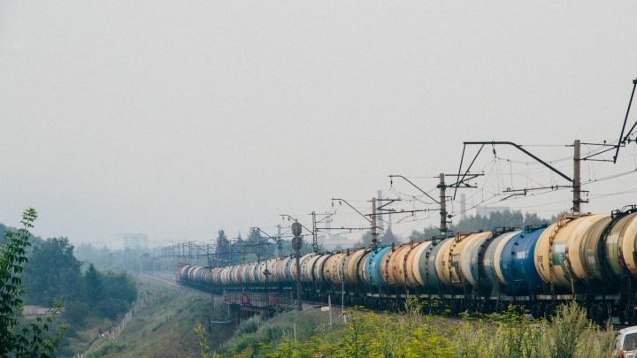 По канонам Тима Бёртона: любуемся меланхоличными окраинами Омска, утопающими в дыму