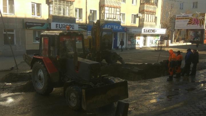 Ремонт сетей на улице Ленина в Кургане закончат на день раньше