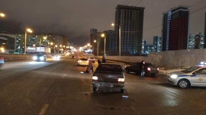 Не там перешла дорогу: водитель ВАЗ-2115 сбил 15-летнюю школьницу из Уфы