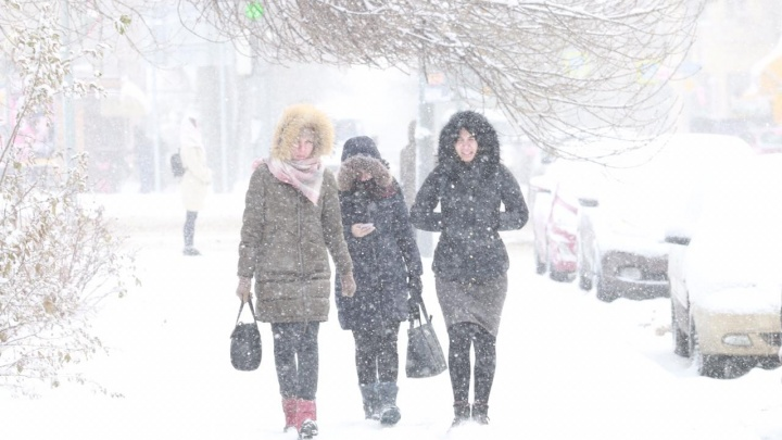 Такого снегопада не помнят здешние места: публикуем фото заснеженного Ростова