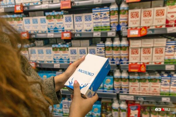 Инспекторы проверили молоко, которое продают в самарских магазинах