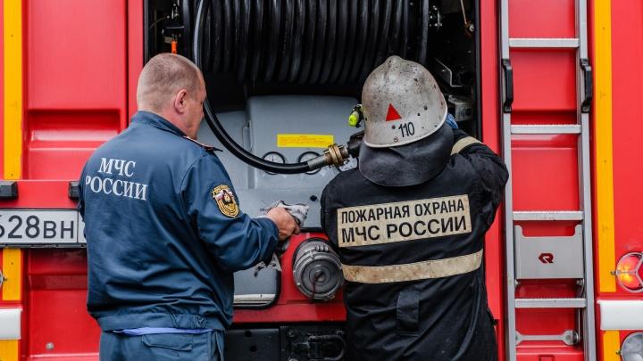 В Перми четырёх человек эвакуировали во время пожара в малосемейке
