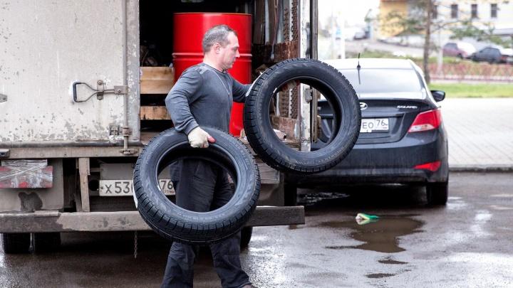 Чем шипы лучше липучки: отвечаем на главные вопросы водителей про смену колес