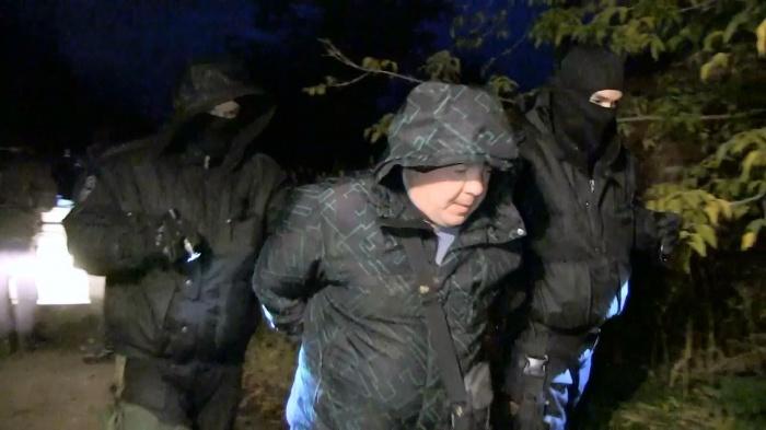 Угнанные автомобили подозреваемые хранили в укромном месте в Чкаловском районе