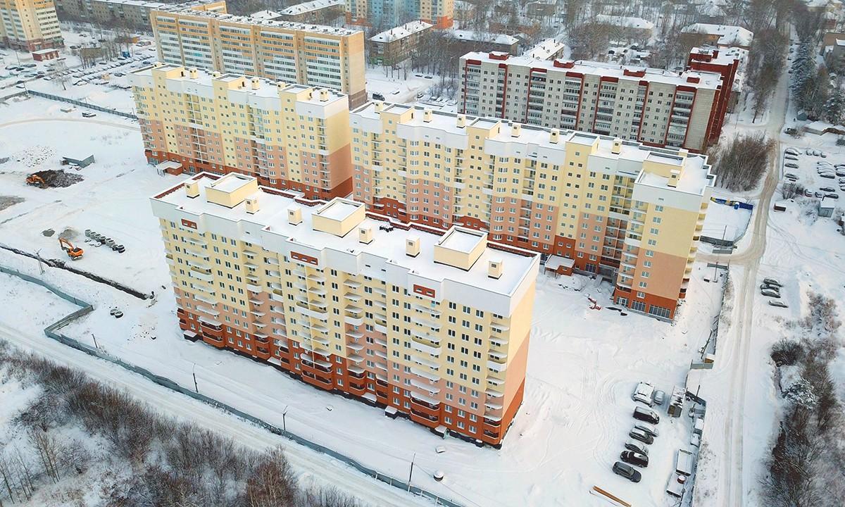 В комплексе будет полноценная дворовая территория и наземная парковка