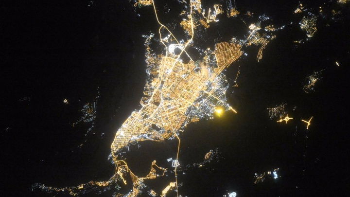 Сияет миллионами огней: космонавт Олег Кононенко сделал фото Самары с борта МКС
