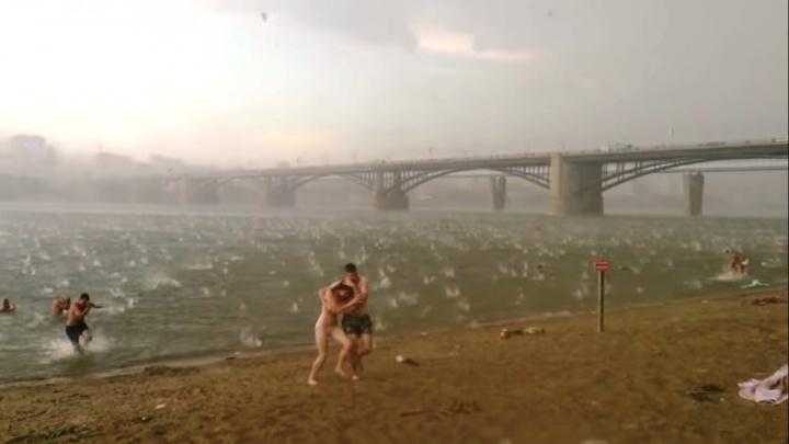 «Если мы сдохнем — я тебя люблю». 5 лет назад в Новосибирске сняли самый трагичный ролик об урагане