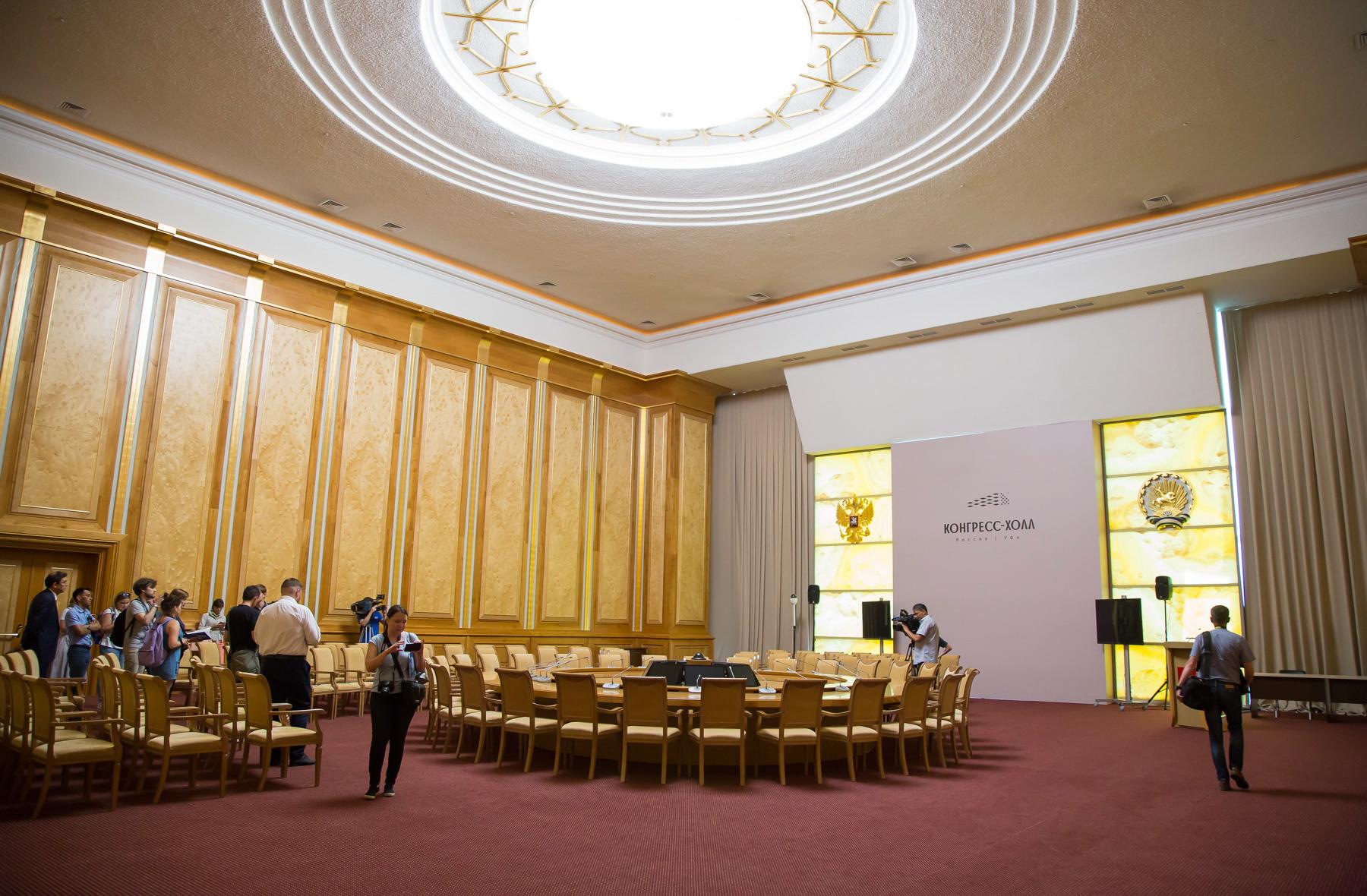 К ШОС и БРИКС в здании оборудовали порядка 30 залов для встреч и переговоров