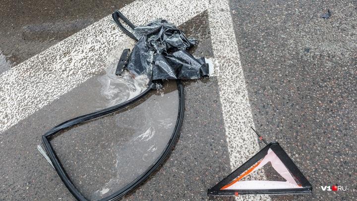 Восемнадцать только водителю: под Волгоградом в перевернувшейся машине пострадали трое школьников