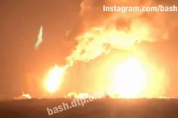 Два ярких горящих факела напугали жителей Юматово