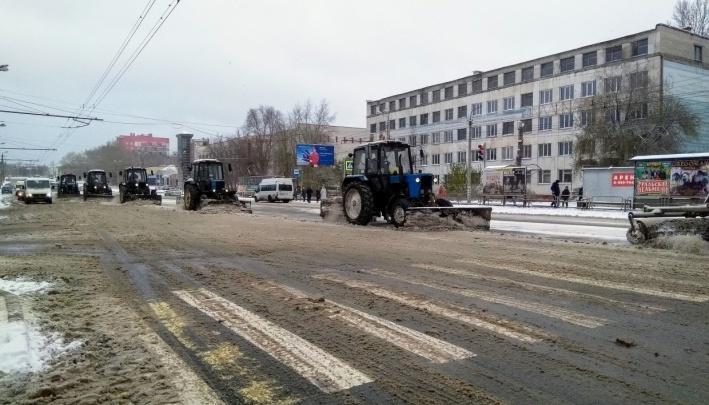 «Активнее работайте»: Наталья Котова потребовала от дорожников вывезти весь снег с челябинских улиц