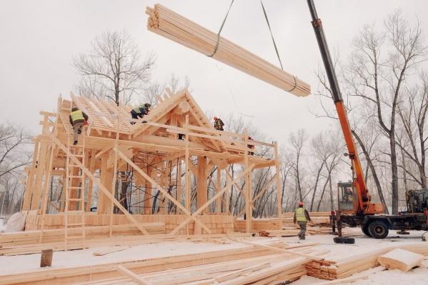Строительство на острове Татышев обещают закончить к концу месяца
