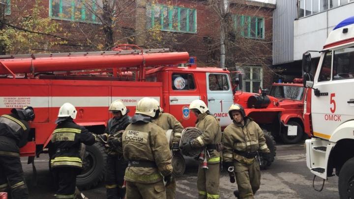 В одном из корпусов шинного завода произошел пожар