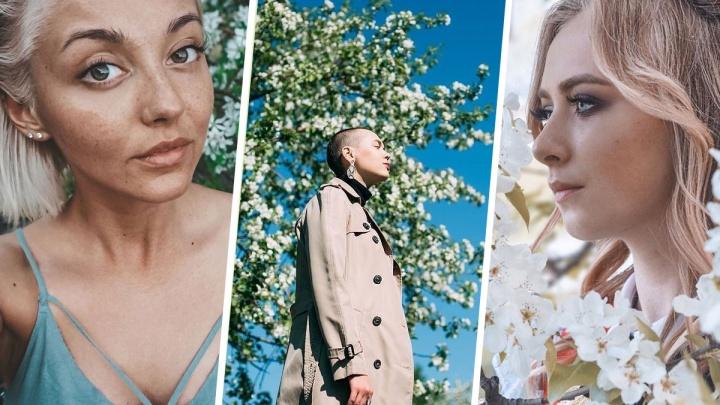 15 фотографий, полных нежности: разглядываем екатеринбурженок в цветущих яблонях