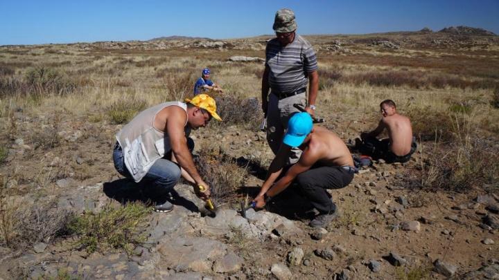 Новосибирские геологи получили 15 миллионов и собрались на поиски древних пород