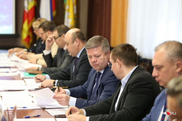 Четыре кандидата, выбранных комиссией, будут представлены на заседании гордумы