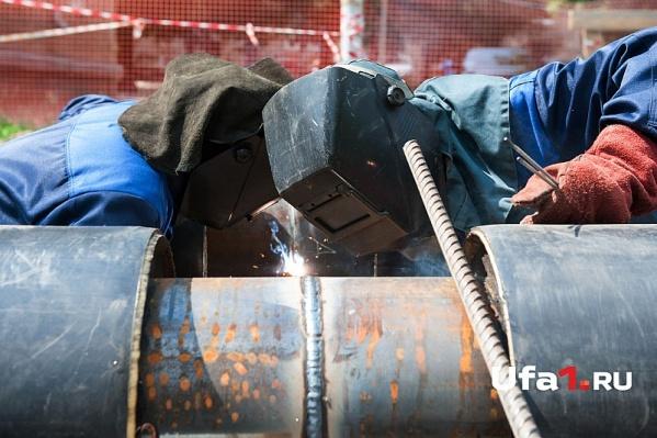 Рабочие построили водопровод, но расчёта за это не получили