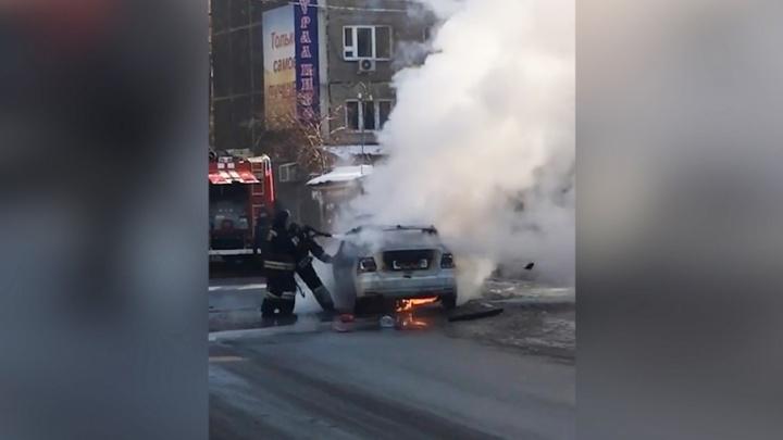 На дороге в Металлургическом районе сгорел VolkswagenPolo