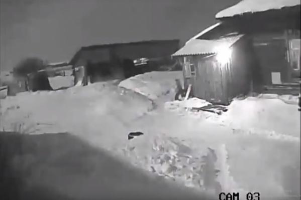 Кадр из видео падения болида