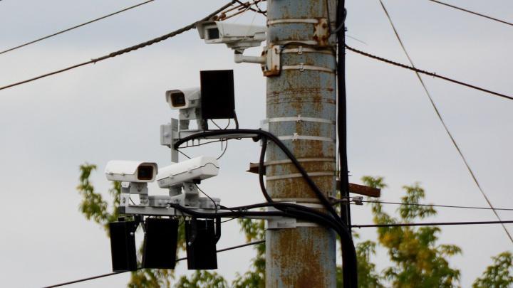 «Непробиваемая стена»: с челябинских камер приходят сомнительные штрафы, которые невозможно оспорить