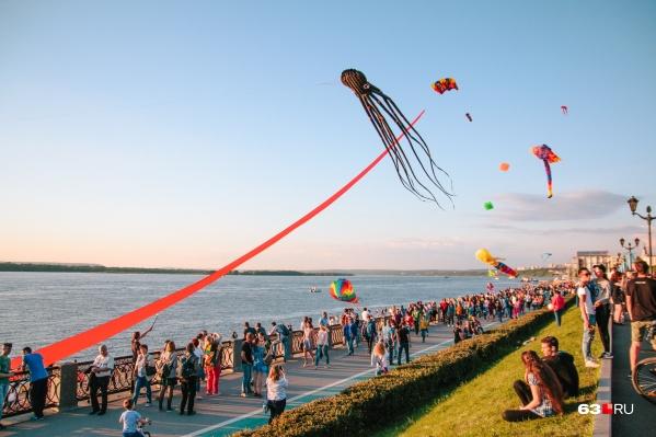 Зрители увидят и традиционное шоу воздушных змеев