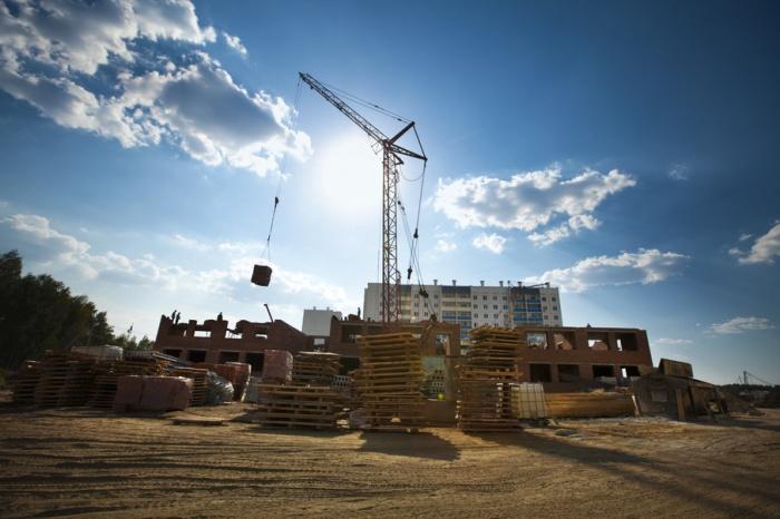 За год самое дешевое жилье на первичке потеряло около 3% своей цены