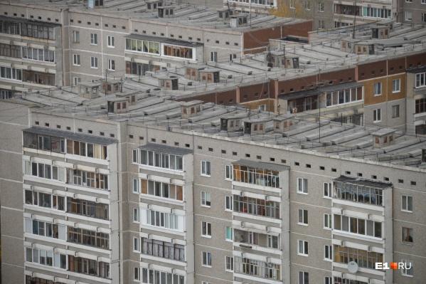 Панельки советского периода — дома, в которых зимой холодно, а летом жарко