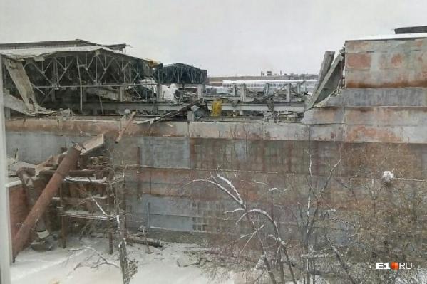 Под обломками рухнувшей кровли погибли четверо рабочих цеха