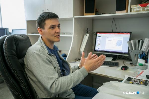 Ученый Михаил Крахалев может говорить о жидких кристаллах часами
