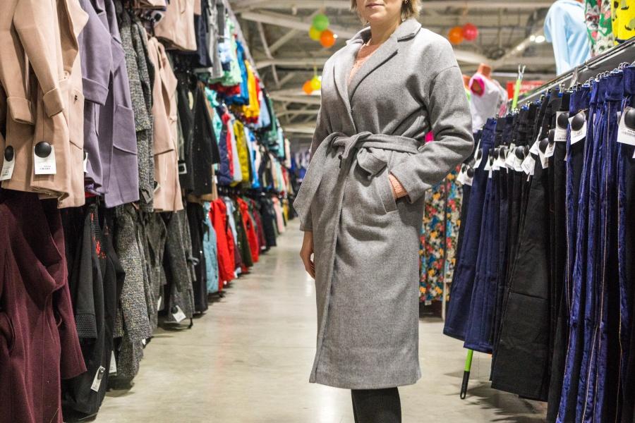 5b0dcb4ea2ca Кофточки за 200  в Новосибирске — бум магазинов дешёвой одежды   НГС ...