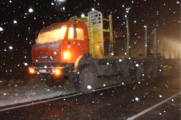 ДТП произошло в ночное время — водитель мог не заметить мужчину на дороге