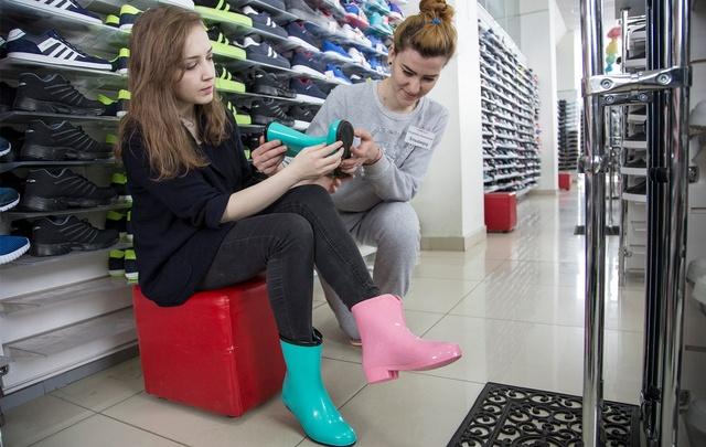Испытано на себе: где в Уфе купить самые стильные и дешевые резиновые сапоги