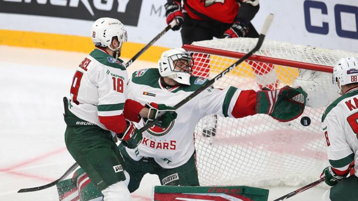 Вопреки судьям: «Авангард» победил лидера КХЛ, несмотря на 35 минут штрафа