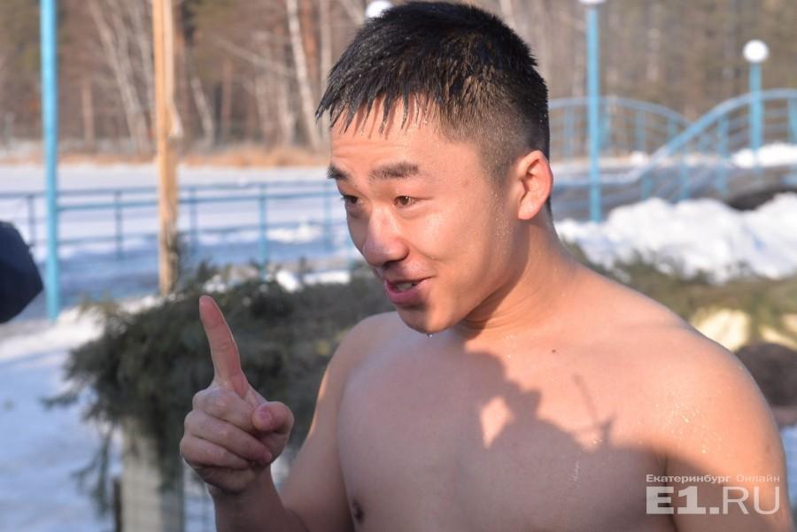 В Екатеринбурге празднуют Крещение даже жители Китая