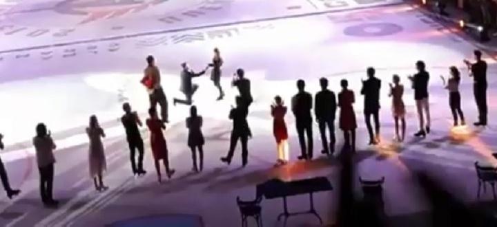«Хороший парень и чемпион в душе»: уралец сделал предложение девушке на ледовом шоу Авербуха