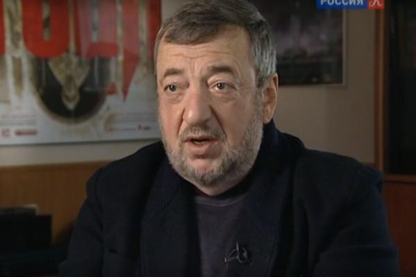 Павел Лунгин — советский и российский кинорежиссёр, сценарист и продюсер. Народный артист Российской Федерации, лауреат Каннского кинофестиваля