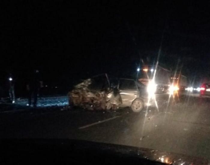ВодительВАЗ-2114 пошёл на обгон и погиб в двойном столкновении