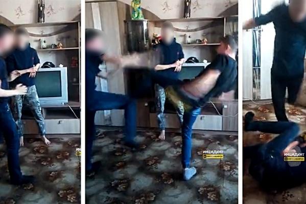 Видео драки появилось в соцсетях 16 мая. Мы не публикуем его из соображений соблюдения законодательства в сфере защиты прав детей<br>