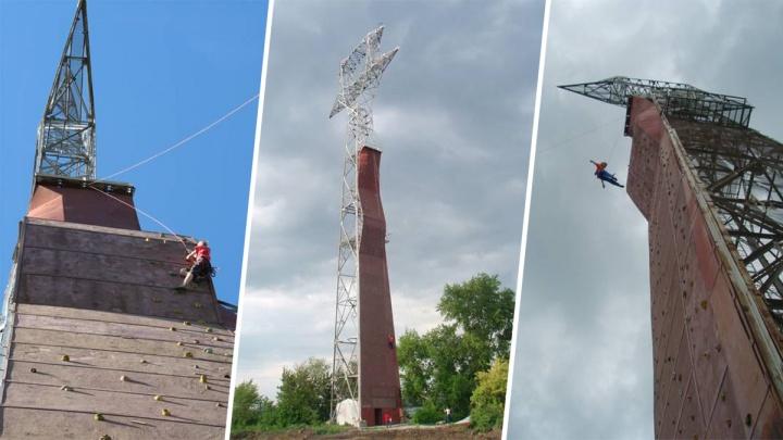 В Челябинской области альпинист сорвался с 37-метрового скалодрома
