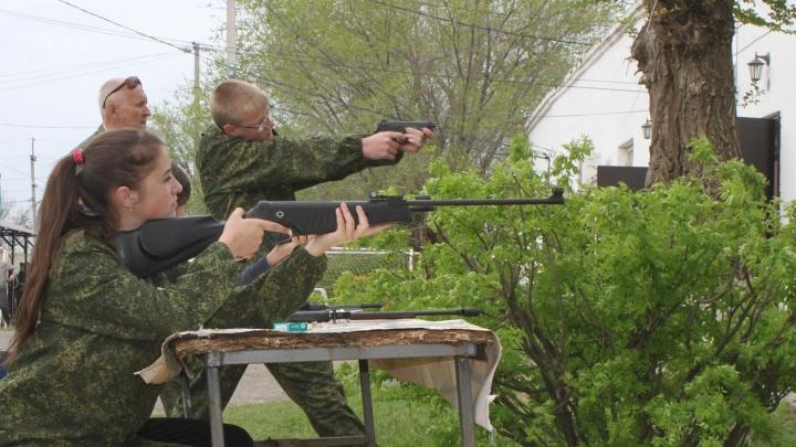 «Круче, чем в Counter Strike»: юным патриотам Волгограда вернули советские зарницы