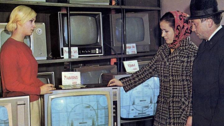 15 фото советской Тюмени. Как выглядели бассейны, рестораны и гастрономы 30, 40 и 50 лет назад