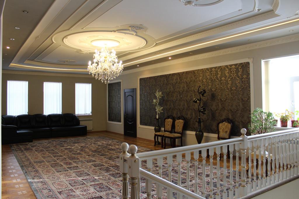Холл на втором этаже