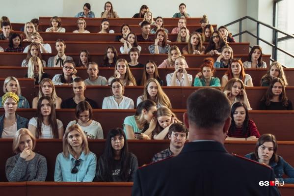 Студенты из области смогут чаще ездить домой за счет регионального бюджета