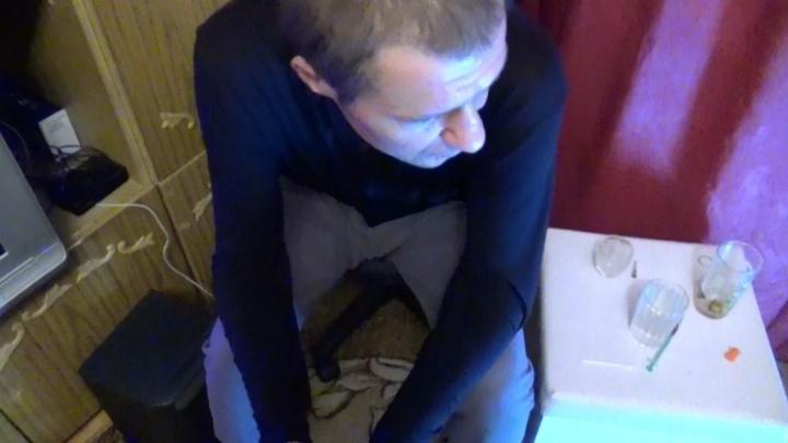 В Екатеринбурге наркоторговец во время задержания притворился внештатным сотрудником полиции