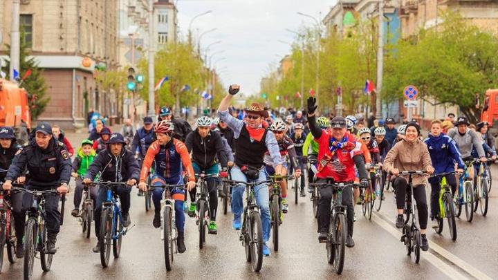 В последнее воскресенье мая проспект Мира перекроют ради велосипедистов в нарядах