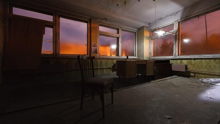 Забытые во времени: екатеринбургский фотограф прогулялся по заброшенному зданию хлебозавода