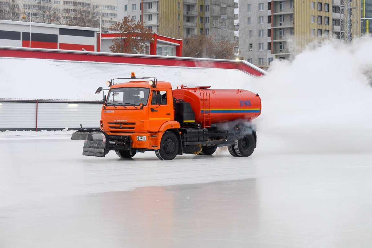 Подготовка льда длится около 1,5–2 часов