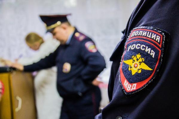 Полицейские нашли тело убитого на кладбище