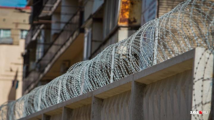 Деньги, золото и шубы: в Таганроге задержали серийного квартирного вора