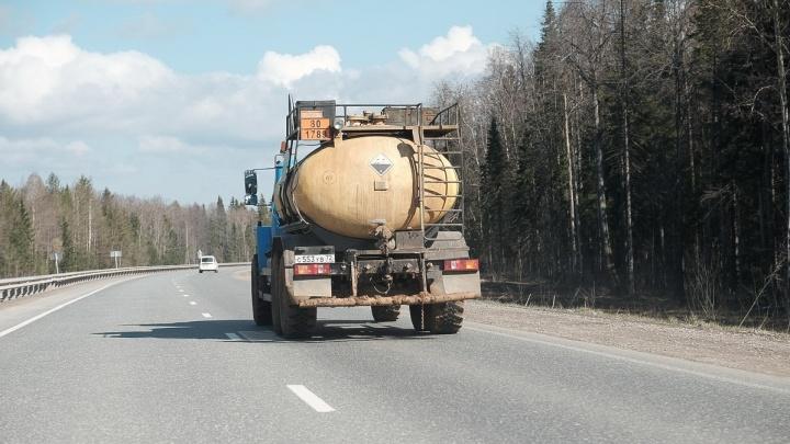 В Перми на месяц ограничат движение грузового транспорта
